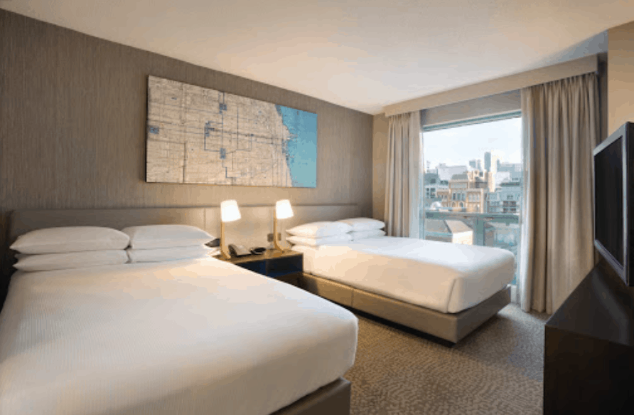 Hilton Suites Chicago Magnificent Mile
